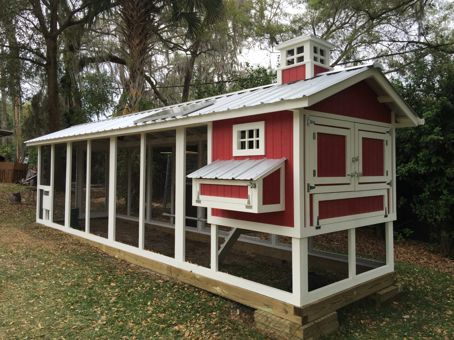 6′ x 24′ wtih cupola, paint job, chicken run door, and solar