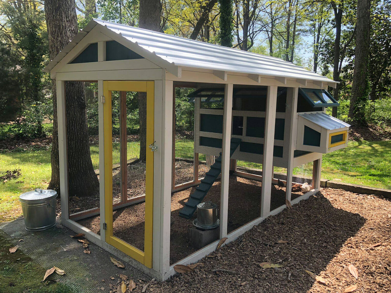 6′ x 12′ American Coop with 4′ x 6′ henhouse in Hickory, NC customer paint job