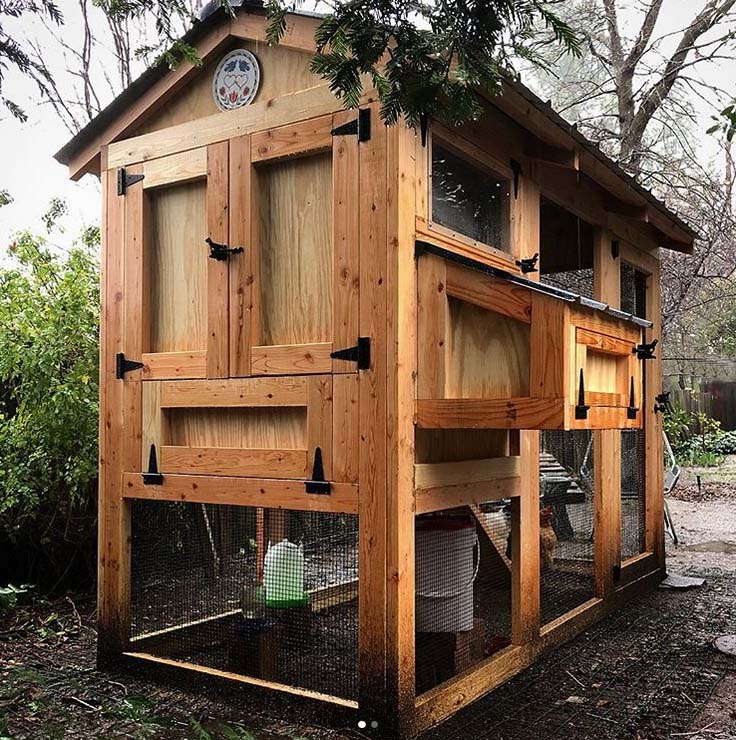 Back of a 4′ x 9′ California Coop with  3′ x 4′ henhouse in California