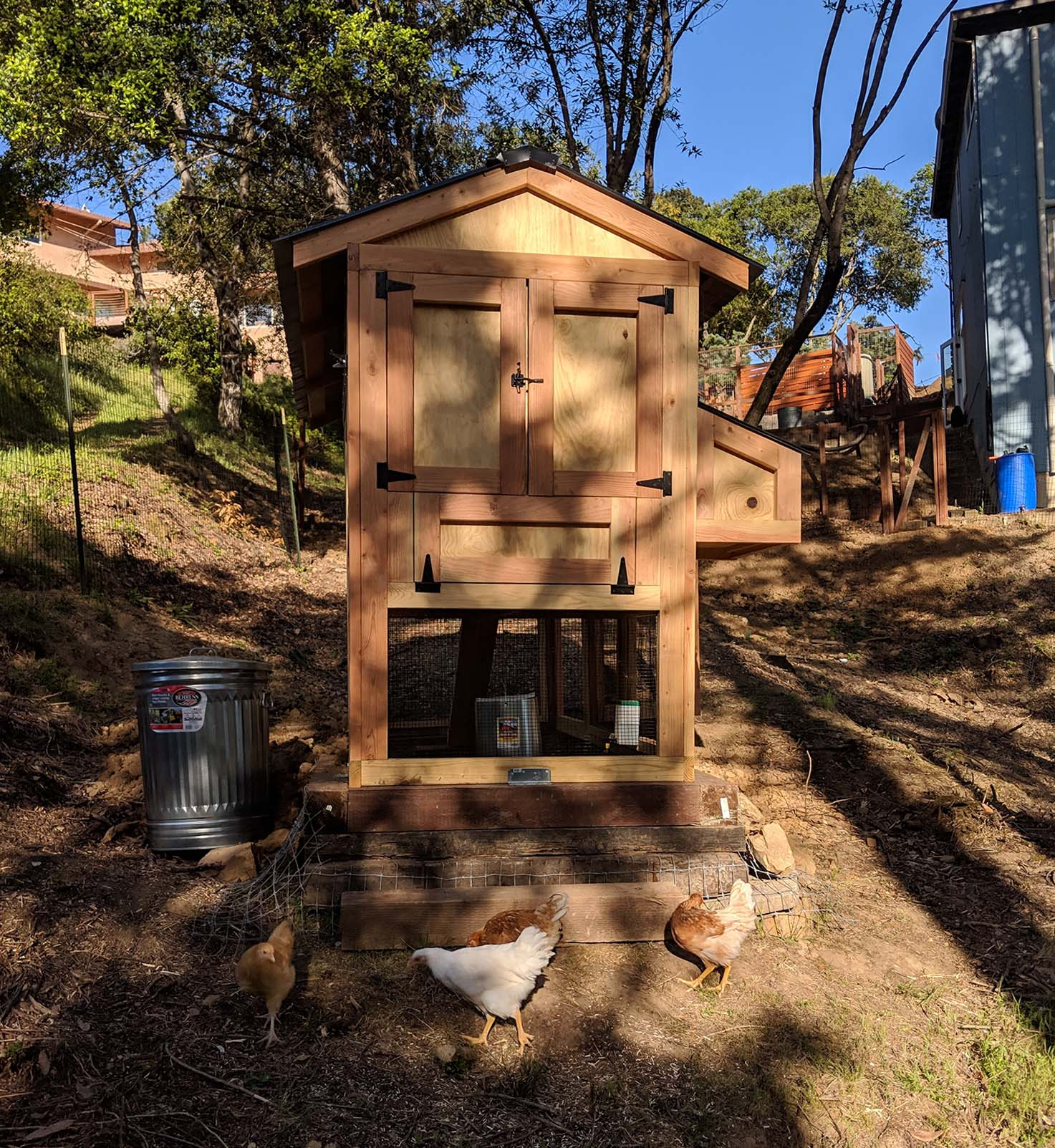 Back of a 4′ x 9′ California Coop with 3′ x 4′ henhouse in Santa Cruz, California