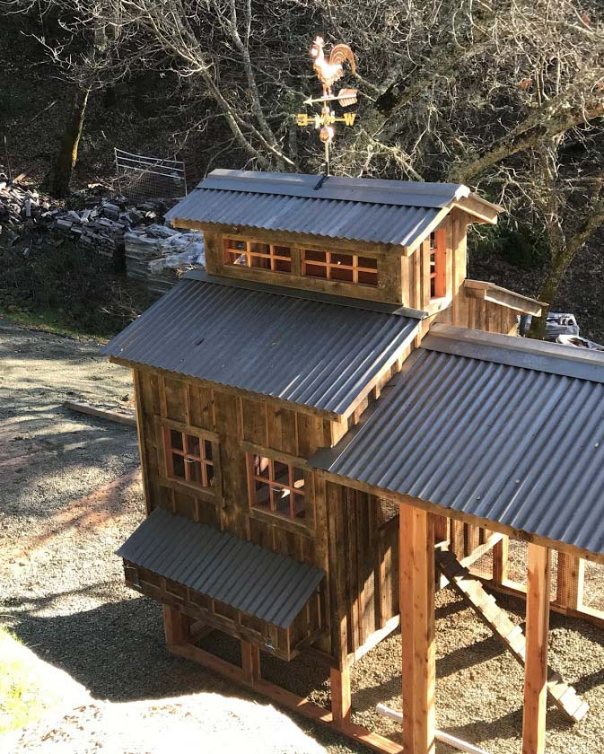 Henhouse of red cedar and reclaimed barnwood chicken coop in Calistoga, CA