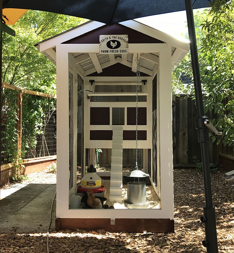 4′ x 9′ California Coop with 3′ x 4′ henhouse in Pleasant Hill, California
