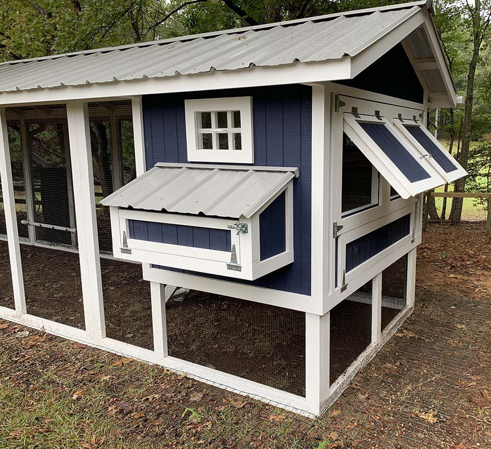 4'x6′ Henhouse of 6'x30′ Carolina Coop in Sanford, NC