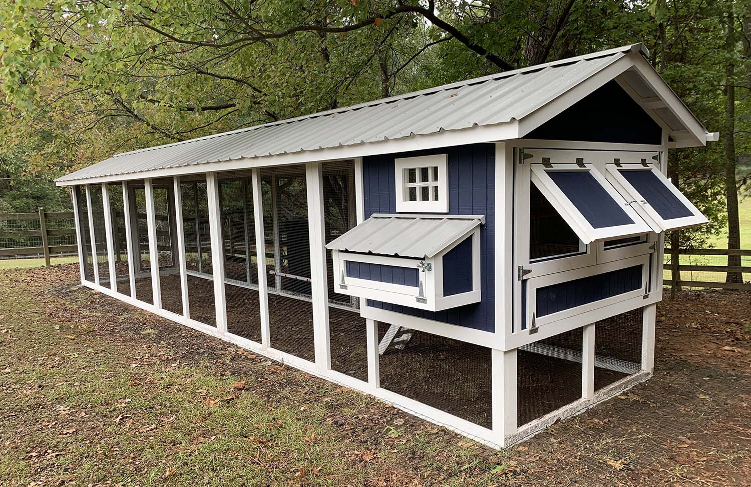 6'x30′ Carolina Coop in Sanford, North Carolina