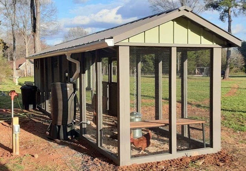 Carolina Coop with circulating poultry water system