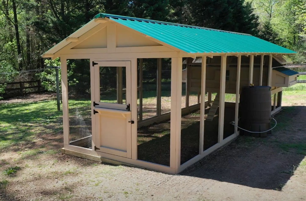 8'x24′ American Coop with Dutch door and heater poultry water system in Siler City, NC
