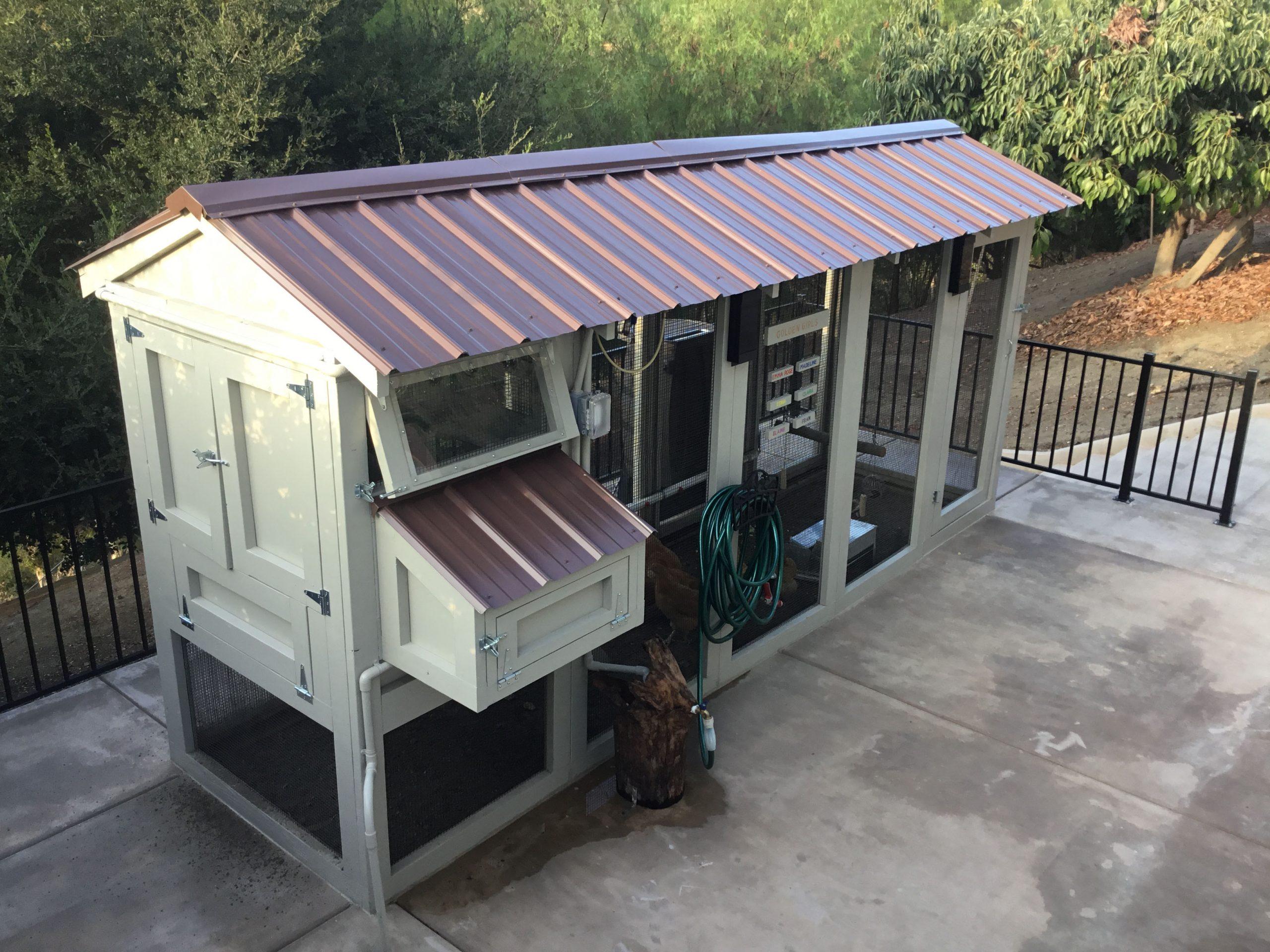 Back of a 4'x15′ California Coop in La Habra Heights, California
