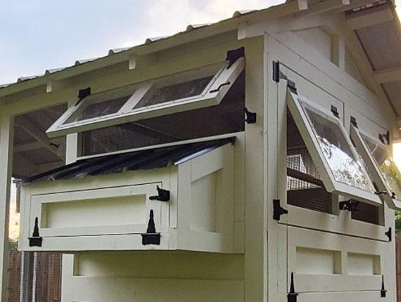 polycarbonate windows on Carolina Coops