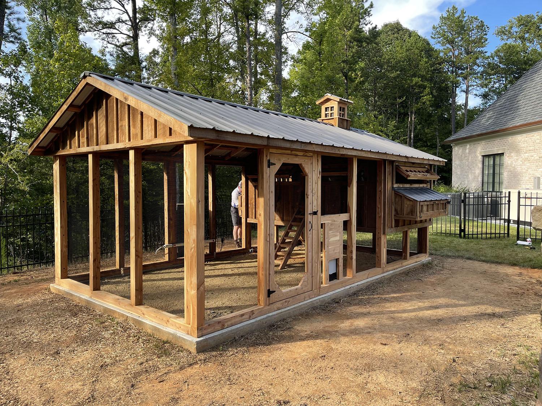 10'x18′ Reclaimed barn wood cedar Carolina Coop in High Point, NC